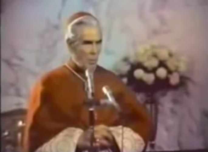 El obispo Fulton Sheen será beatificado el 21 de diciembre, cuarenta años después de su muerte